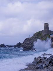 (20Vince86) Tags: sea mare waves torre pentax kr calabria onde reggio ruggiero bagnara calabra