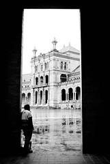 Plaza de Espaa (Siviglia) (SimonaColadangelo) Tags: rain pioggia