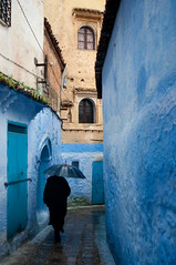 DSC_0149 (abarker) Tags: africa travel blue architecture morocco medina chefchouen chouen geocity exif:focal_length=30mm camera:make=nikoncorporation camera:model=nikond90 exif:iso_speed=280 exif:make=nikoncorporation exif:lens=180550mmf3556 geostate geocountrys exif:model=nikond90 exif:aperture=45