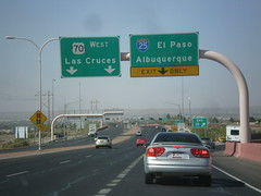 US-70 West at I-25 (sagebrushgis) Tags: newmexico sign intersection overhead lascruces i25 biggreensign us70 freewayjunction bataanmemorialhighway