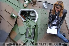 Julie at work on AMX-10 (Model-Miniature) Tags: wheel thanks de french army many soldiers char rc amx franais 3rd fot rcr regiment 3me hussard rgiment amx10