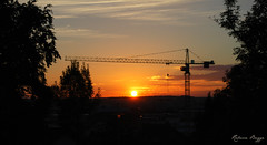 Sunset in Bblingen (DameBoudicca) Tags: germany deutschland tyskland alemania allemagne germania  bblingen sunset solnedgng sonnenuntergang ocaso coucherdesoleil tramonto  sun sol sonne soleil sole   crane lyftkran kran gra grue gru