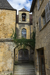 _DSC7492 (Robby68) Tags: vert france dordogne sarlat ville soir pierre tourisme