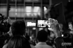 Ato Contra Temer - 01 de Set de 2016 (Evan Ishida) Tags: sopaulo so paulo sp sampa saopaulo brazil brasil jornalismo fotojornalismo journalism ato manifestao protesto direitos civis cidadania cidado povo fotgrafos rua paulista avenida foratemer diretas policiais policia police escudo gas lacrimogeneo bombas capacete mascara helicoptero aguia pb bw pretoebranco blackandwhite street urban press midia news politics politica