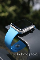 Ceramic Apple Watch with Neon Blue Sport Band (gudedomo) Tags: apple ceramic watch applewatch white edition watchband band wrist accessory color combination red product 2016 orange yellow mint green bright pink salmon stand blue baby turquoise navy ocean midnight cocoa mocha nylon metal strap link bracelet milanese loop hermes leather