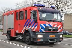 Tankautospuit BVL (Jeffrey van Buuren Emergency Vehicles) Tags: brandweer fire department firefighting pompiers feuerwehr netherlands dutch firetruck brandweerwagen blauwlicht 112 911 emergency bomberos