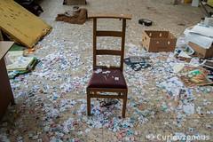 DSC_0033 (kjell.minnaert) Tags: urbex urbanexploration urbanexploring abandoned stoel chair