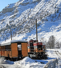 DSNG7_2009-12-26 10-28-43bf_DurangoCO (br64848) Tags: narrowgauge steam dsng durango colorado snow
