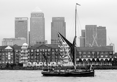 Sail Greenwich (CdL Creative) Tags: 70d canon captainkidd cdlcreative e1 eos england london riverthames sailgreenwich wapping barges geo:lat=515071 geo:lon=00512 geotagged tallships unitedkingdom gb