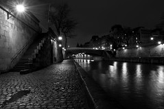 Slice of life. (Ubere) Tags: paris seine night nuit