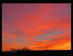 Avondrood ( Annieta  Off / On) Tags: sunset red sky holland nature netherlands clouds canon zonsondergang ngc nederland natuur wolken powershot s2is lucht polder rood allrightsreserved februari krimpenerwaard 2013 annieta skytheme rouhge usingthisphotowithoutpermissionisillegal sunrays5