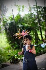 Maryam Ukayla (baragbahzen) Tags: park baby cute green girl kids indonesia photo kid drink adorable scream batu hold