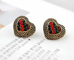 Vintage Gold Tone Multicolor Rhinestone Studded Heart Stud Earrings (Grand.Gofavor.Xie) Tags: girly vintageearrings heartearrings cuteearrings rhinestoneearrings gofavorcom 2013fashionearrings