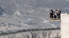 Balcn (Hernan Piera) Tags: gente paisaje mirador terraza turistas fragil fotografos peligroso curiosos baranda