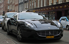 Ferrari California (MauriceVanGestel Photography) Tags: auto california two black holland adam cars netherlands beauty dutch car amsterdam sport cali blackwhite pc italian fiat zwartwit negro north nederland nh ferrari coche nl autos 500 zwart nederlands tone supercar coches olanda sportscar fiat500 jordaan noordholland niederlande supercars italiano noord pchooftstraat twotone italiaans italiaan hooftstraat sportwagen hollandia italiancar nederlander schoonheid northholland whiteroof italianbeauty tweekleurig blackferrari jordaanamsterdam sportwagens ferraricalifornia italiaanseauto ferraricali blackcalifornia twotoneferrari italiaanseschoonheid zwarteferrari witdak jordaanadam pchooftstraatamsterdam pcamsterdam ferrariamsterdam twotonecalifornia tweekleurigeferrari zwartecalifornia ferraripc