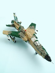 F-105D Thunderchief (1) (Mad physicist) Tags: fighter lego usaf fighterbomber f105 thunderchief virginiaang