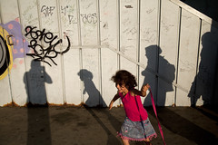 * (Ufuk Akar) Tags: street shadow girl turkey children shadows little streetphotography istanbul galata galatabridge eminn galatakprs chld turksh