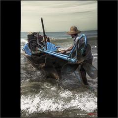 a la mar (bit ramone) Tags: fishing fishermen pentax myanmar pesca pescadores birmania bitramone pentaxk5