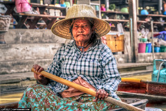Paddle-Boat-Lady-from-the-Floating-Market-Thailand (Captain Kimo) Tags: portrait thailand oldlady paddleboat floatingmarket watermarket photomatixpro hdrportrait singleexposurehdr topazplugins captainkimo