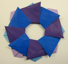 Ring 09 (Tomoko Fuse) (ChrisL_AK) Tags: origami ring wreath tomokofuse