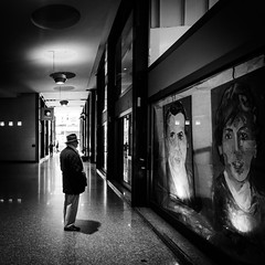 untitled (Silvan72) Tags: street people bw nikon milano tokina 1224 blackwhitephotos d7000