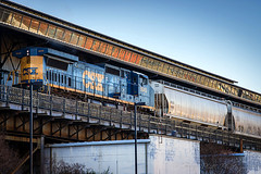 Main Street Station Train Shed - Richmond (Skip Plitt) Tags: railroad usa zeiss train unitedstatesofamerica trains richmond richmondva richmondvirginia trainshed rva shockoebottom csx freighttrain mainstreetstation elevatedtracks sonnar13518za sonya850 135mmf18za sonnart18135 skipplitt skipplittphotography skipperplitt