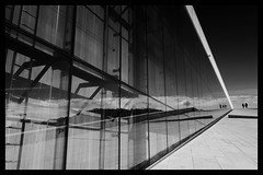 Oslo opera reflection (mmartinsson) Tags: blackandwhite reflection glass silhouette oslo norway architecture norge ramp april operahouse 2013 osloopera snhetta xpro1