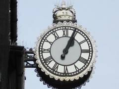 Clock (LookaroundAnne) Tags: clock circle rugby round warwickshire jewellers rugbytown rugbywarwickshire