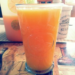 Fresh squeezed OJ... #OJ #orangejuice #orange #juice (MisledYouth74) Tags: orange juice orangejuice oj uploaded:by=flickstagram instagram:photo=436957428566299279202252659