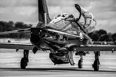 Hawk T2 (dimred1) Tags: hawk hawkt2 avion aviation aircraft militaryaviation militaryaircraft airpower airshow airshows airplane jet fighterjet fairford riat sky england aviondecombat raf royalairforce bw nb