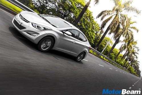 Hyundai-Elantra-Facelift-Long-Term-02