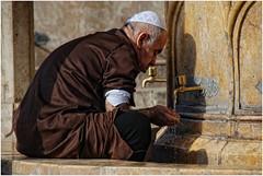 Alep. Ablution  la grande mosque des Omeyyades...autrefois. (leonhucorne) Tags: syrie asie alep omeyyades ablution flickrtravelaward mosque