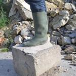 15 -- Abandoned wellies in a farm -- bottes abandonnées dans une ferme thumbnail