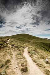 Puy des crbasses (mzagerp) Tags: auvergne valle de chaudefour puy sancy des crbasses mont dore chastreix cirque la fontaine sale ferrand perdrix france montagne volcans volcano massif central