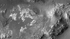 ESP_011608_1525 (UAHiRISE) Tags: mars nasa jpl universityofarizona mro landscape geology science