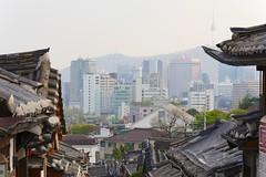 Bukchon Hanok Village (Travis Estell) Tags: bukchonhanokvillage jongno jongnogu korea nseoultower n republicofkorea seoul southkorea