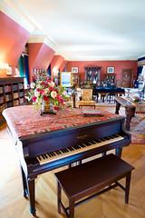 _NIK7056 (EyeTunes) Tags: asheville biltmore northcarolina garden nc hotel mansion museum