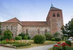 8302 Romanischen Stadtkirche St. Georg in Arneburg. (stadt + land) Tags: romanisch stadtkirche georg stadt arneburg elbe landkreis stendal sachsenanhalt
