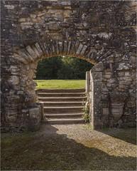 Bayham Abbey 19 (mini-b) Tags: bayhamabbey ruins englishheritage 13th15thcentury frant eastsussex canon eos5dmkii ef28300mm3556lisusm 2016