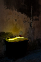 beauty in the mundane (Thomas Leth-Olsen) Tags: light yellow wall garbage grasse glow details gritty mundanedetails