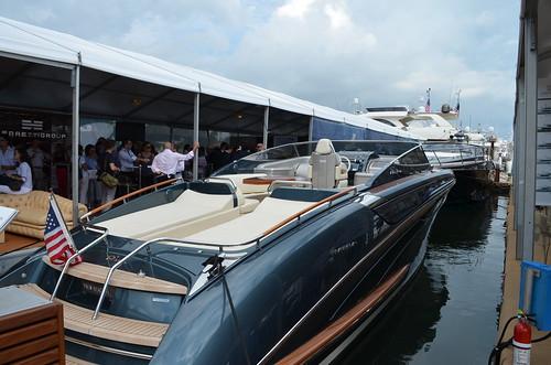 riva miami yachts pershing bertram customline ferretti crn miamiboatshow