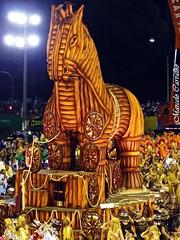 Beija-Flor_Carnaval 2013_Rio de Janeiro (FM Carvalho) Tags: carnival brazil horse rio brasil riodejaneiro de samba shot sony flor cybershot carro carnaval cavalo beijaflor sonycybershot cyber brsil passarela sambdromo marqus escoladesamba beija tria carroalegrico sapuca marqusdesapuca sambaschool passareladosamba alegrico carnavaldoriodejaneiro sambadrome riocarnival carnavalcarioca carnavaldorio cavalodetria sambdromodorio sambdromocarioca sambdromodoriodejaneiro hx9v sonyhx9v carnaval2013