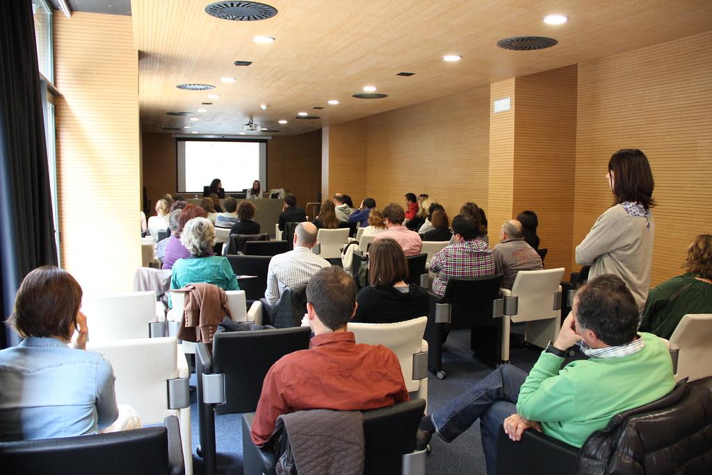 Jornada de Udalsarea en Izarra Centre