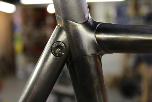 Drilled binder bolt in aero seat stays