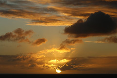 Almost there (Daniel Salinas Crdova) Tags: ocean sunset sea water clouds atardecer mar colombia nubes cartagena sudamrica latinoamrica danielsalinas danielsalinascrdova