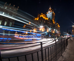 Royal British Hotel by night (Vol'tordu) Tags: uk light night painting ed lights scotland edinburgh exposure traffic pentax pda fisheye da if smc 1017 k7 f3545 1017mm pentaxsmcpdafisheye1017mmf3545edif