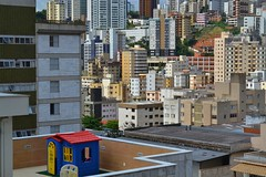 untitled (msantos7) Tags: cidade brazil arquitetura brasil buildings cities lifestyle belohorizonte 1855mm bigcity dollhouse prdios brinquedos cidades metrpole paisagemurbana construo casadeboneca imveis urbanlandsacape platinumpeaceaward