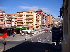 vistas muy despejadas a la calle Tomás Ortuño, muy soleado. En su inmobiliaria Asegil en Benidorm le ayudaremos sin compromiso. www.inmobiliariabenidorm.com