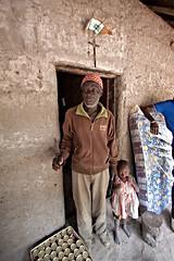 RGB (chiara lana) Tags: africa famiglia persone per colori povert lavoro ambiente luoghi semplicit malattia lebbra repubblicaguineabissau chiaralana