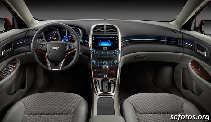 Painel do Novo Chevrolet Malibu 2013